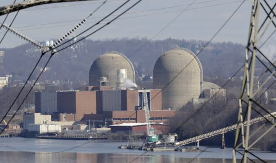 Here's Why Trump's New Strategy to Keep Ailing Coal and Nuclear Plants Open Makes No Sense