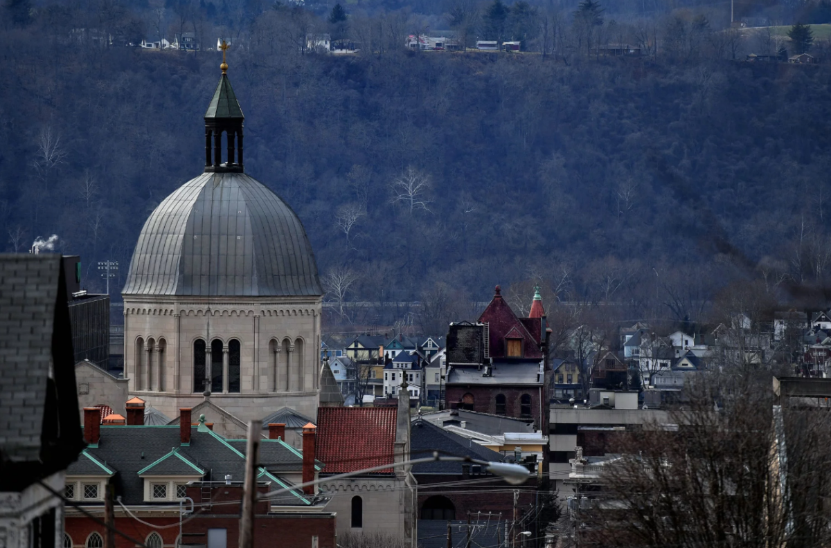 West Virginia Bets Big on Plastics, and on Backing of Trump