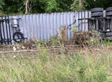 A truck carrying Moderna vaccines crashed near Morgantown, W.Va., on Aug. 27. Photo: West Virginia 511
