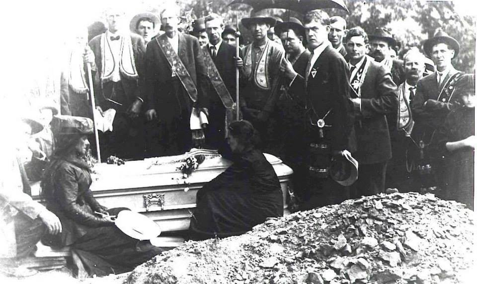 Matewan Police Chief Sid Hatfield's funeral on August 4, 1921. Photo: Courtesy of the West Virginia Mine Wars Museum